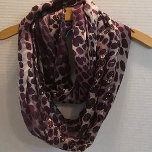 SIMPLY VERA WANG INFINITY PURPLE GOLD WHITE SCARF